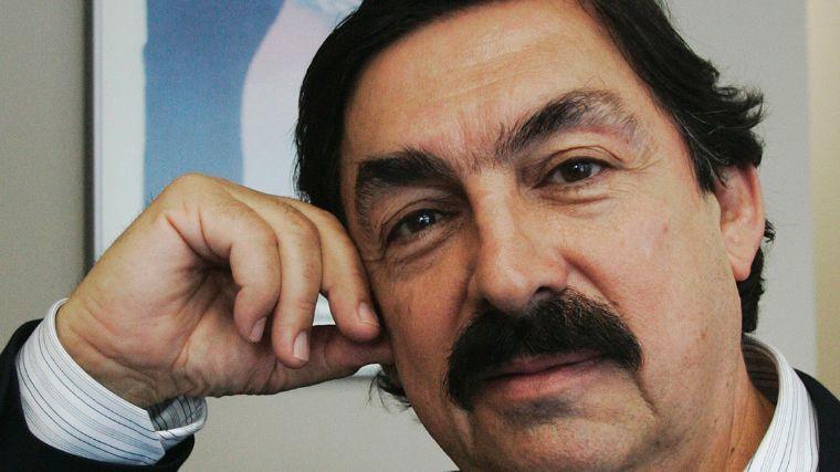 ¿Napoleón Gómez Urrutia está impedido para ser Senador?