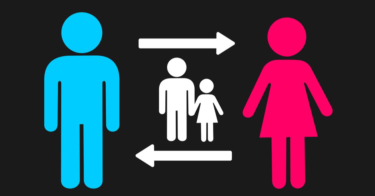 ¿La Madre debe hacerse cargo de los hijos?