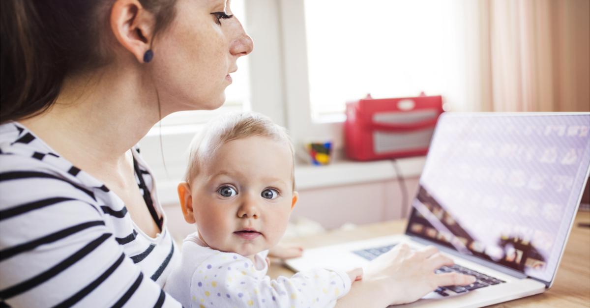 ¿Cuánto tiempo debería otorgarse de incapacidad por maternidad?