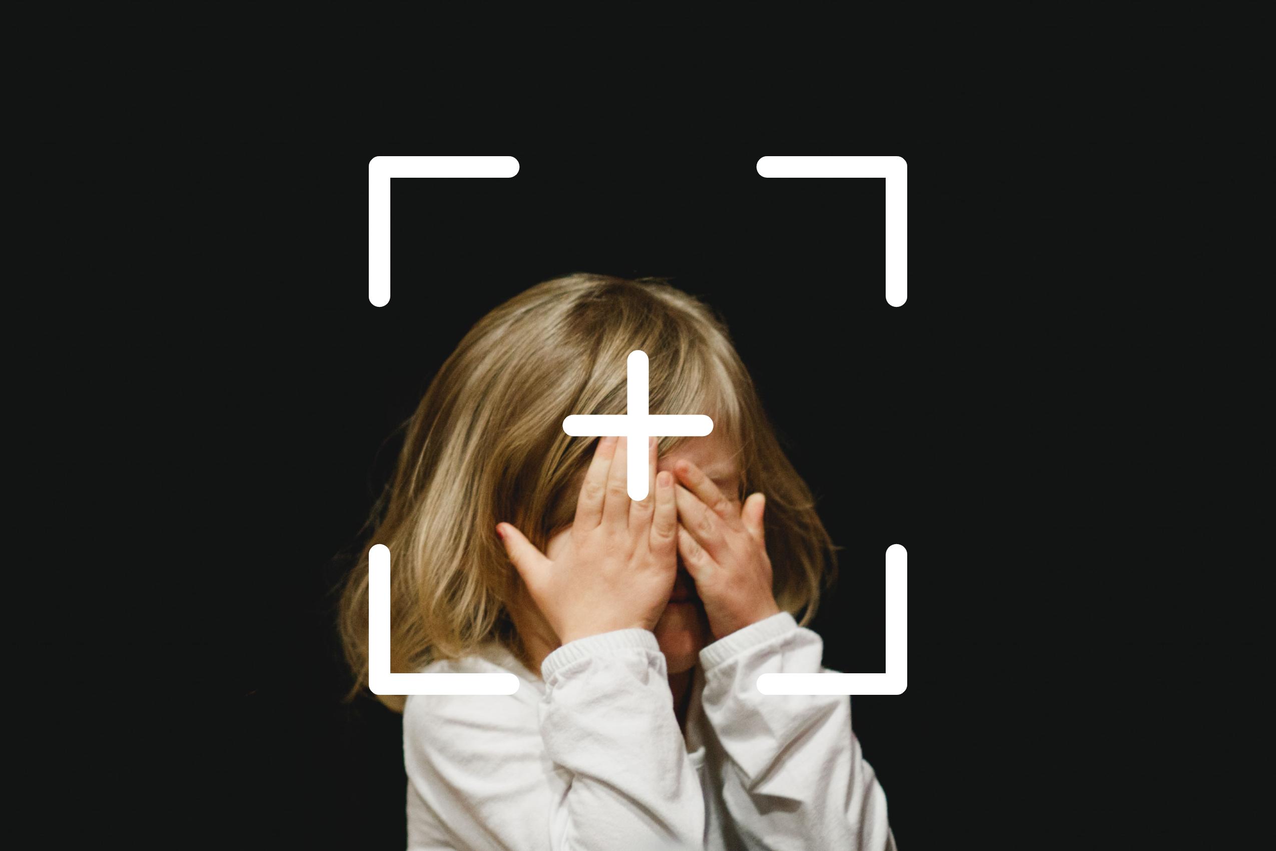 Protege la identidad de tus hijos en fotografías